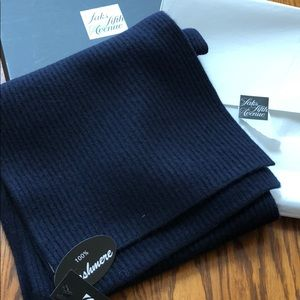 NWT Sak's Fifth Ave cashmere scarf